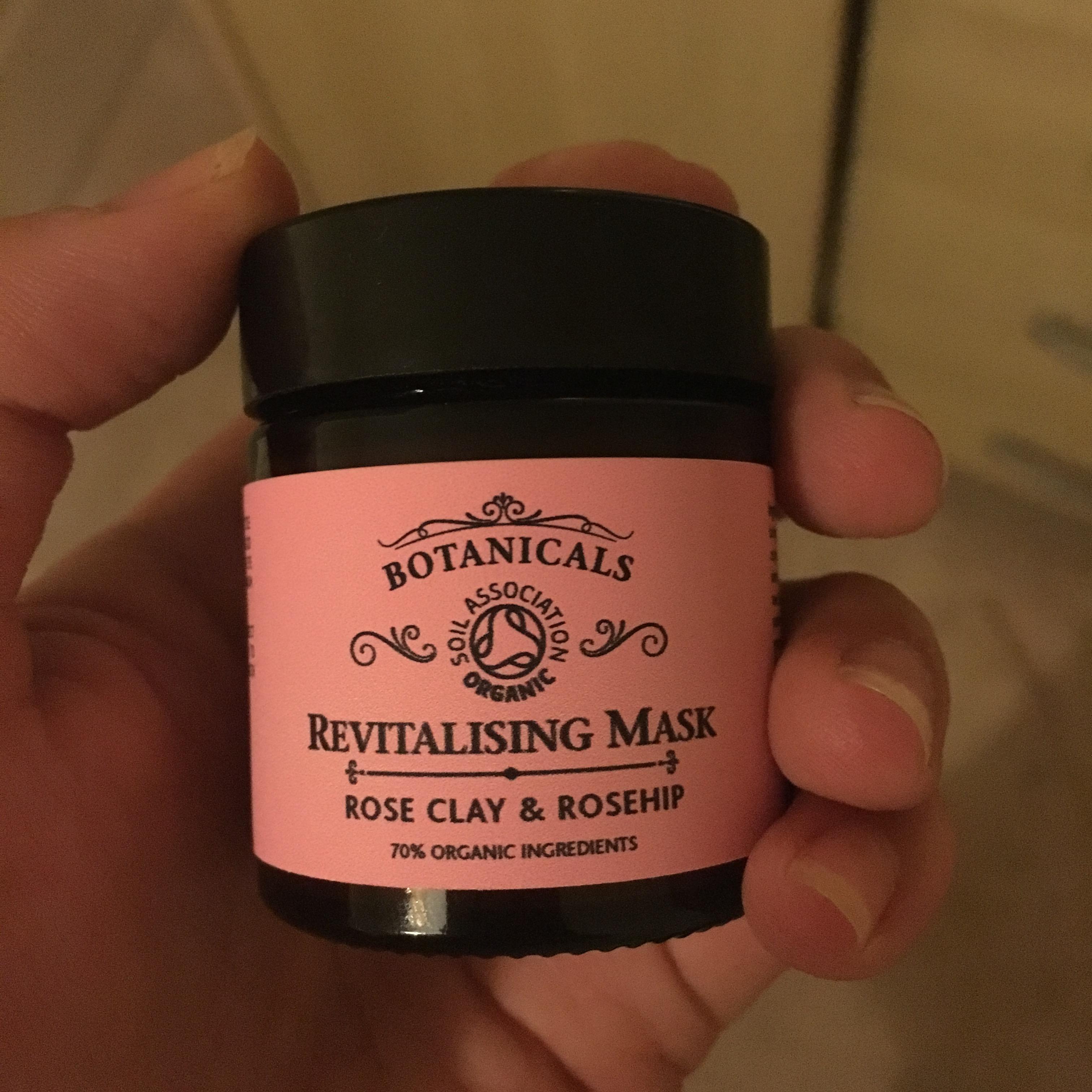 Botanicals Revitalising Mask