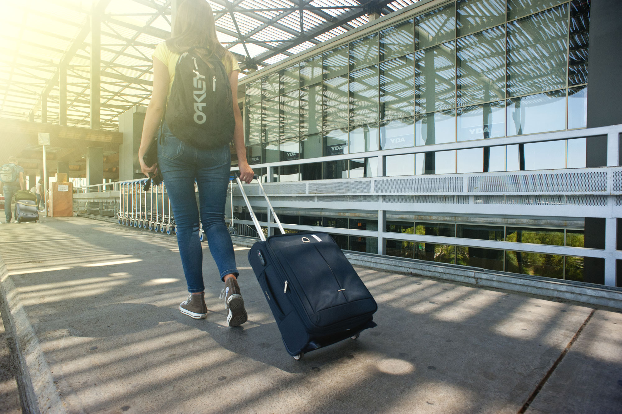 Use beauty products while travelling